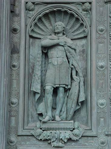И.Витали. Александр Невский. Скульптура ниши южных дверей