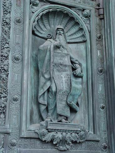 И.Витали. Исаакий Далматский. Скульптура ниши северных дверей